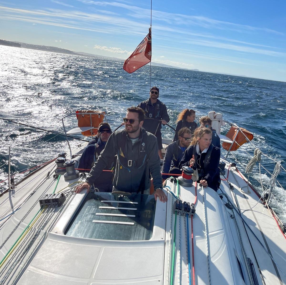 Sailing _Sydney_Heads